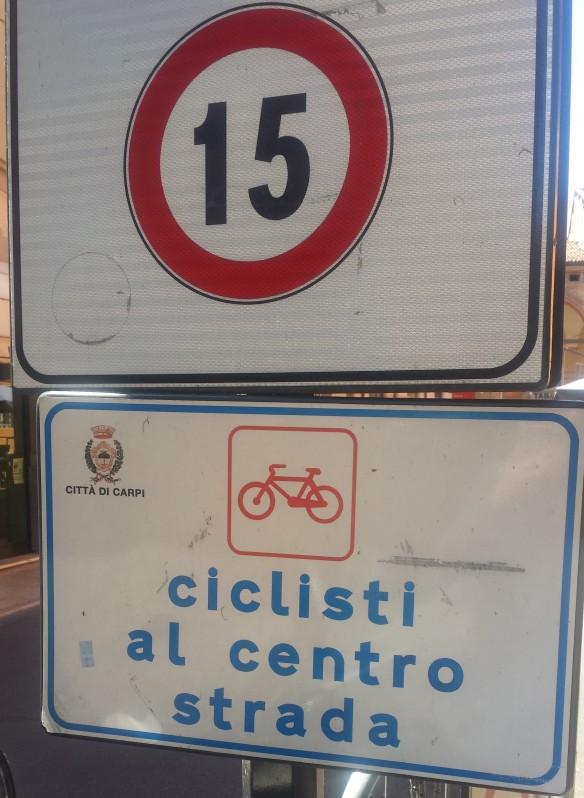 Ciclisti al centro